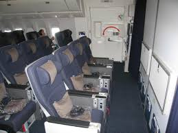bassinet untuk bayi dalam kapal terbang, travel luar negara