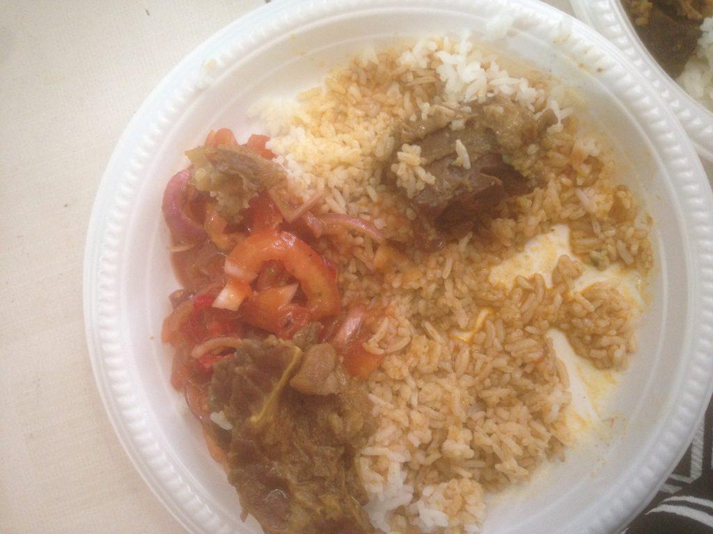 berapa kalori ada dalam nasi daging ni?